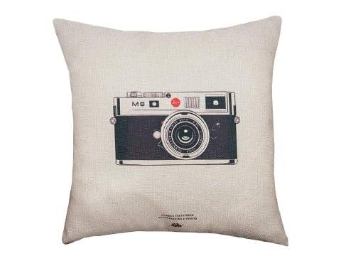 Cojín con cámara de fotos antigua