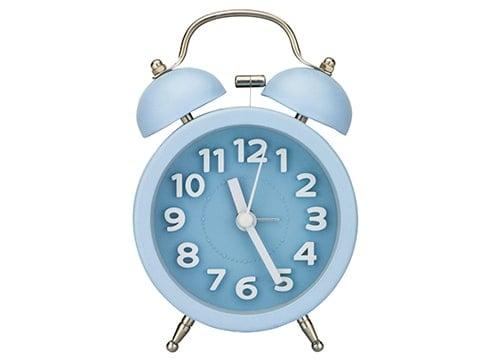 Despertador clásico azul
