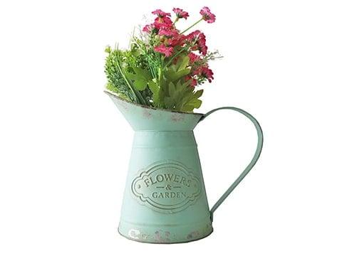 Jarra decoración industrial con flores