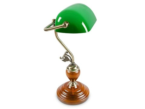 Lámpara clásica de mesa