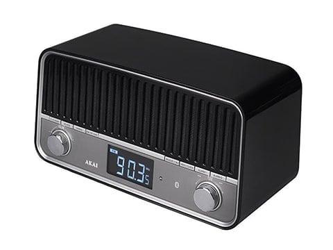 Radio retro negro y plata