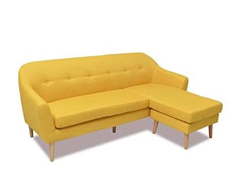 Sofá retro amarillo con chaise longue