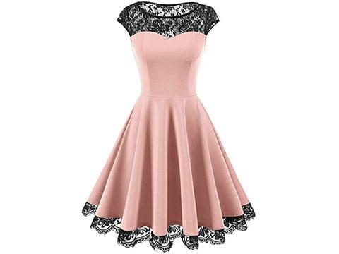 Vestido vintage rosa de tablas y encaje