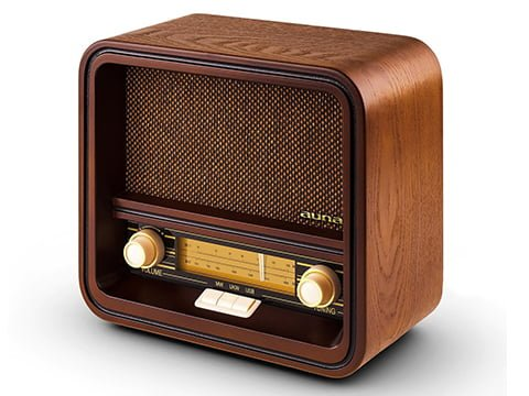 Radio retro de madera