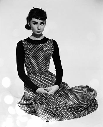audrey-hepburn-in-polka-dot-dress