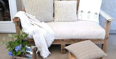 ¿Cómo hacer un sofá de madera con palés?